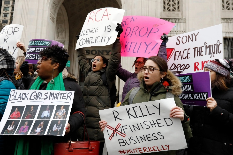 Protestors Demand RCA Drop R. Kelly at New York Rally