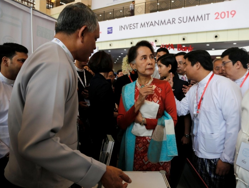 Suu Kyi to investors: Myanmar is open for business
