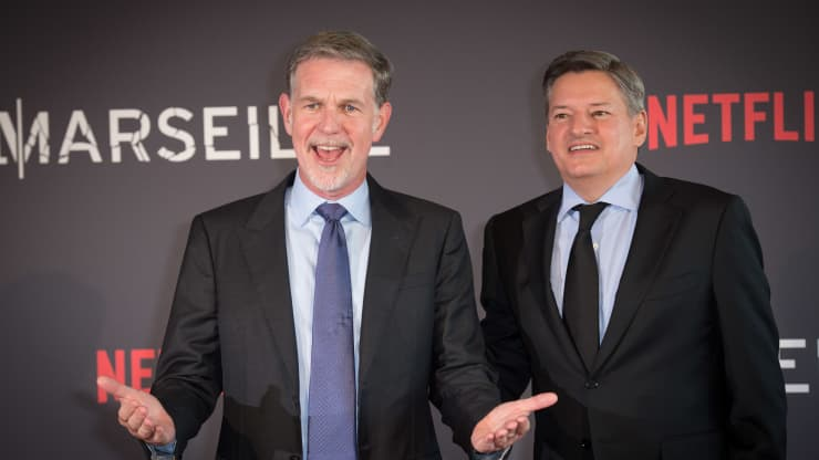 Netflix shares rise on strong subscriber growth, considers share buybacks
