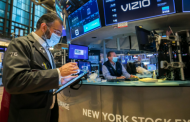 Stock futures are flat ahead of major corporate earnings
